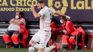 Benzema cerró el marcador ante el Cádiz