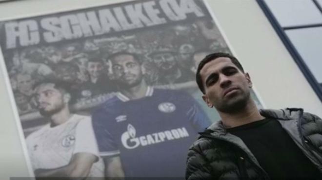 Omar Mascarell raconte sa vie en Allemagne et ce que cela signifie d'être capitaine de Schalke 04