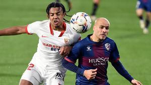 Sandro Ramírez, durante un lance del juego frente al Sevilla
