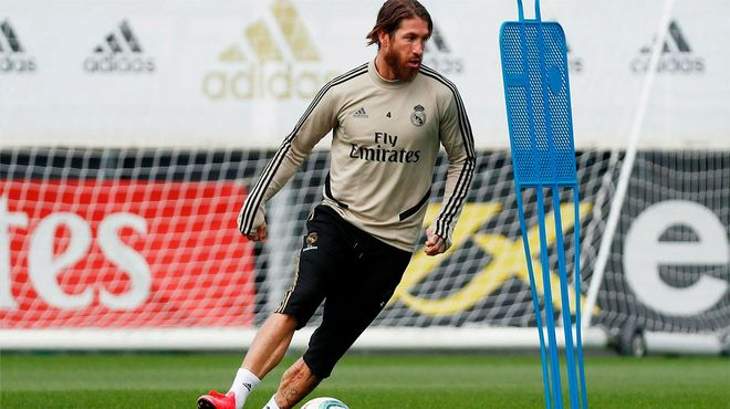 El genial gesto técnico de Sergio Ramos en el entrenamiento del Madrid