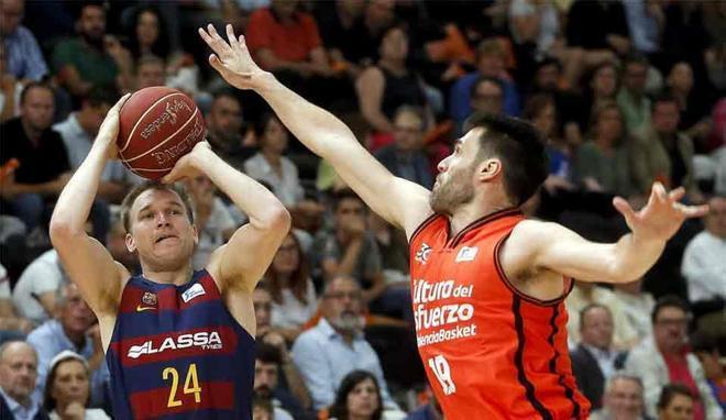 El FC Barcelona Lassa no pudo volver con un triunfo en Valencia BC
