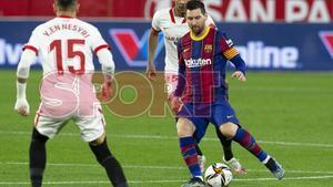 Leo Messi durante el partido de ida de Copa del Rey entre el Sevilla y el FC Barcelona disputado en el Sánchez Pizjuan.
