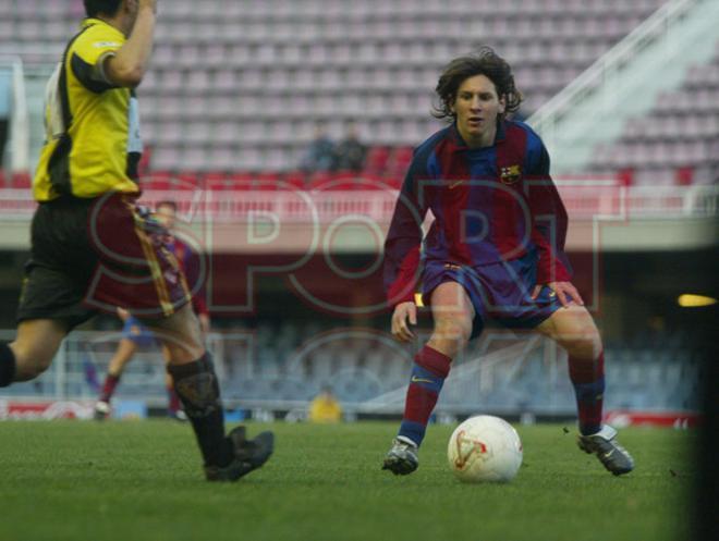 14.Leo Messi 2003-2004