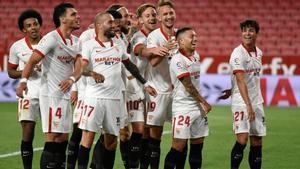 El Sevilla termina la temporada con una victoria ante el Alavés
