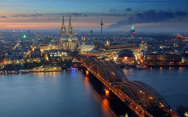 La Catedral y el Rin, omnipresentes en Colonia