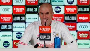 Sigue en directo a Zinedine Zidane en la previa del Elche - Real Madrid