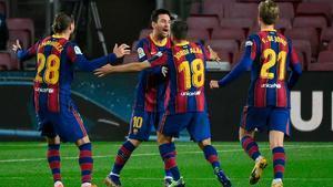 Jordi Alba empató el partido con un auténtico golazo con su pierna derecha