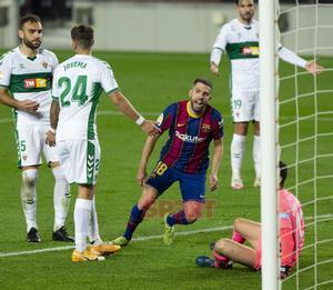 Jordi Alba: Dependemos de nosotros para pelear por la Liga