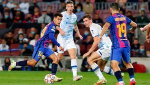 La ocasión de Coutinho ante el Dinamo de Kiev