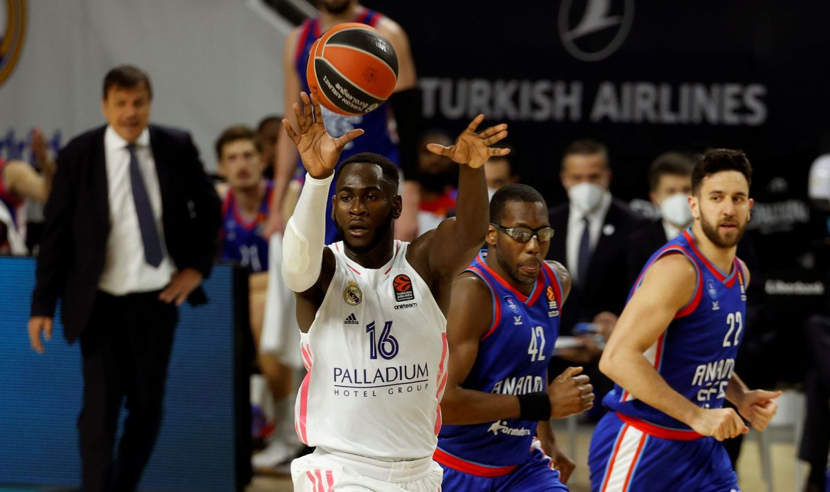 Garuba quiere irse a la NBA esta próxima temporada a pesar de tener contrato con el Madrid