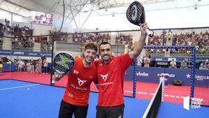 Lima y Tapia celebrando su victoria