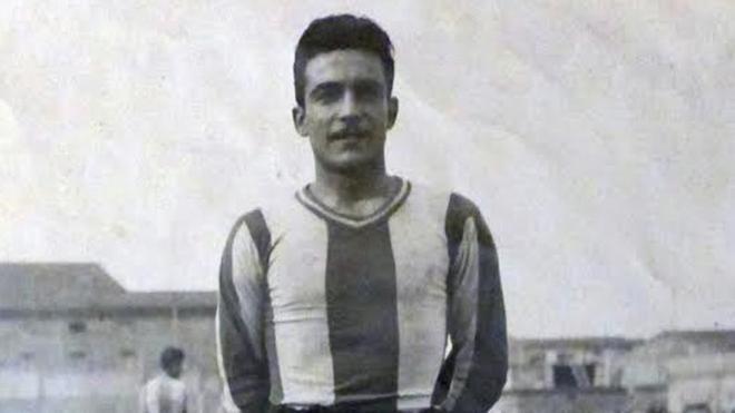 Joan Morral con la camiseta del Figueres, equipo al que defendió durante el servicio militar entre 1942 y 1945