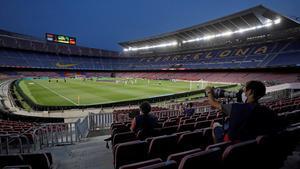 El Camp Nou lleva un año sin aficionados en sus gradas