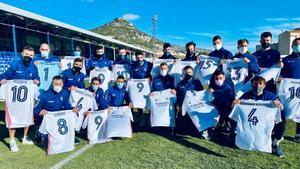 Los jugadores del Alcoyano con las camisetas: Modric, Ramos y Benzema, los más pedidos