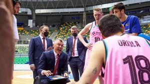 Jasikevicius, dando órdenes a sus jugadores
