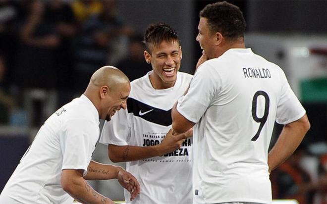 Neymar es el mejor según Roberto Carlos