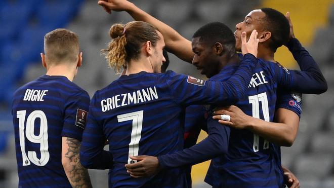 Los jugadores de Francia celebran un gol