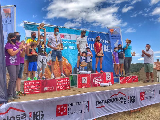 Luis Alberto Hernando y María Fuentes reinan en la carrera de montaña de Vistabella