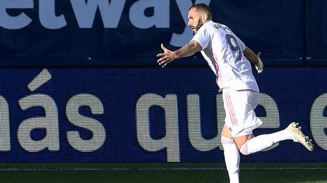 Benzema sentenció el partido con este golazo
