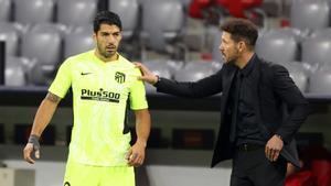 Luis Suárez, con Simeone