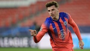 Mason Mount celebra su gol ante el Oporto