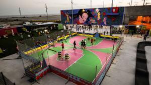 Un mural de Rosalía preside las instalaciones