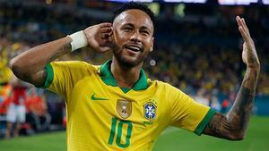 Neymar vuelve a sonreír