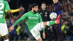 La exhibición de Fekir ante el Barça