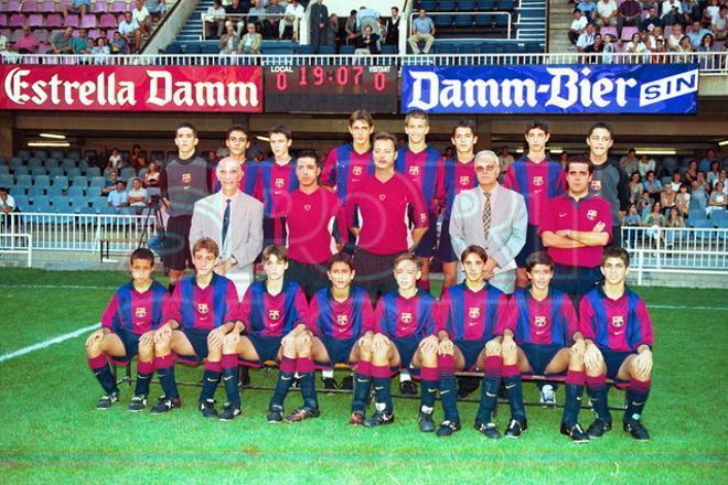 16. Gerard Piqué 2000-01