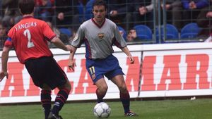 Marc Overmars, el autor del gol del FC Barcelona en la tarde más negra del equipo azulgrana en El Sadar (3-1), en abril de 2001