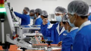 China ya realiza pruebas anales para detectar la Covid-19 en la población