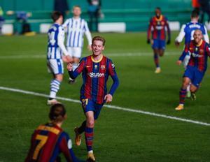 Frenkie de Jong celebra su gol durante la primera semifinal de la Supercopa de España de fútbol que se disputa en el Nuevo Arcángel, en Córdoba