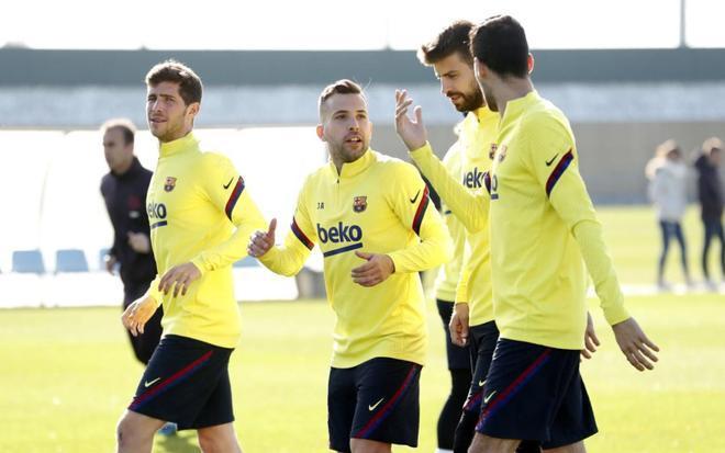 Alba, Piqué, Roberto y Busquets, los afectados