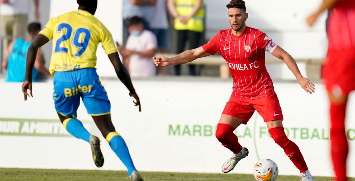 El jugador Sergi Gómez en un partido de pretemporada con el Sevilla