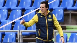 El técnico vasco tiene numerosos futbolistas lesionados