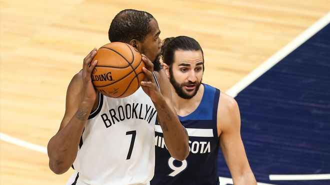 Kevint durant ante Ricky Rubio