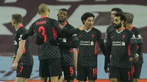 El Liverpool acaba con los niños del Aston Villa