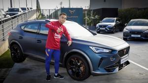 Los jugadores del Barça recibieron sus nuevos CUPRA