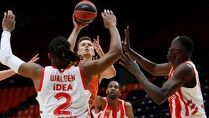 Valencia Basket vuelve a la carrera por el playoff