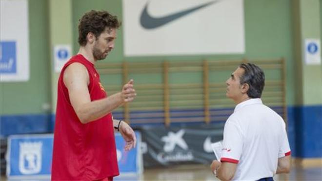 Pau Gasol junto a Sergio Scariolo