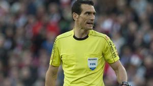 Martínez Munuera, árbitro encargado para arbitrar el Real Madrid - Athletic Club de Bilbao de la Supercopa España