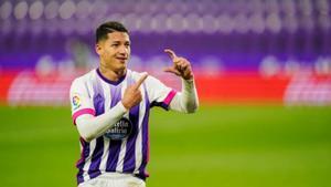 Marcos André, celebra uno de sus goles con el Valladolid