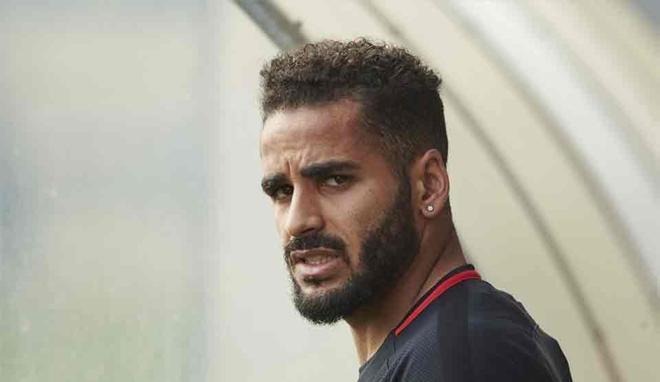 Douglas interesa al Benfica