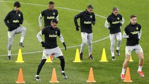 El Atlético ya se ejercitó desde el lunes en Bucarest