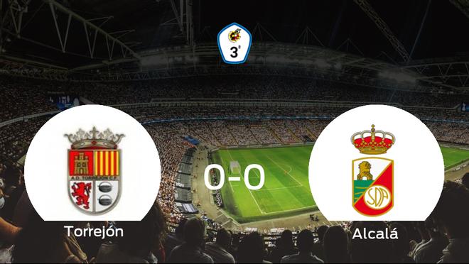 El Torrejón CF y el RSD Alcalá se reparten los puntos en un partido sin goles (0-0)