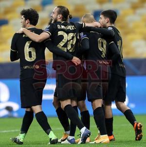 Imágenes del partido del FC barcelona ante el Dinamo de Kiev, de Liga de Campeones que se disputa en el MSK Olimpiyskiy.