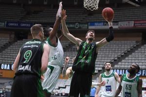 Tomic aportó 14 puntos en la victoria ante el Nanterre