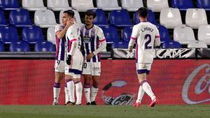 El Valladolid celebrando el gol de Weissman