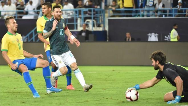 Messi marcó el único gol del partido