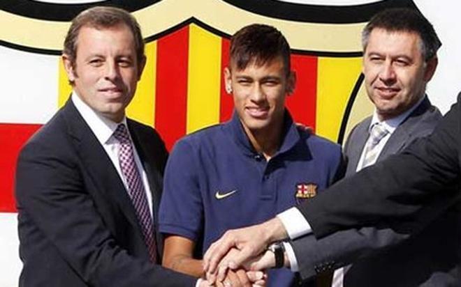 Rosell y Bartomeu, con Neymar